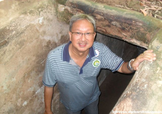 My father at the entrance of the tunnel